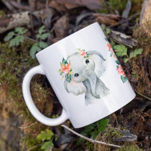 Kubek Słoniątko w kwiatach hibiscusa